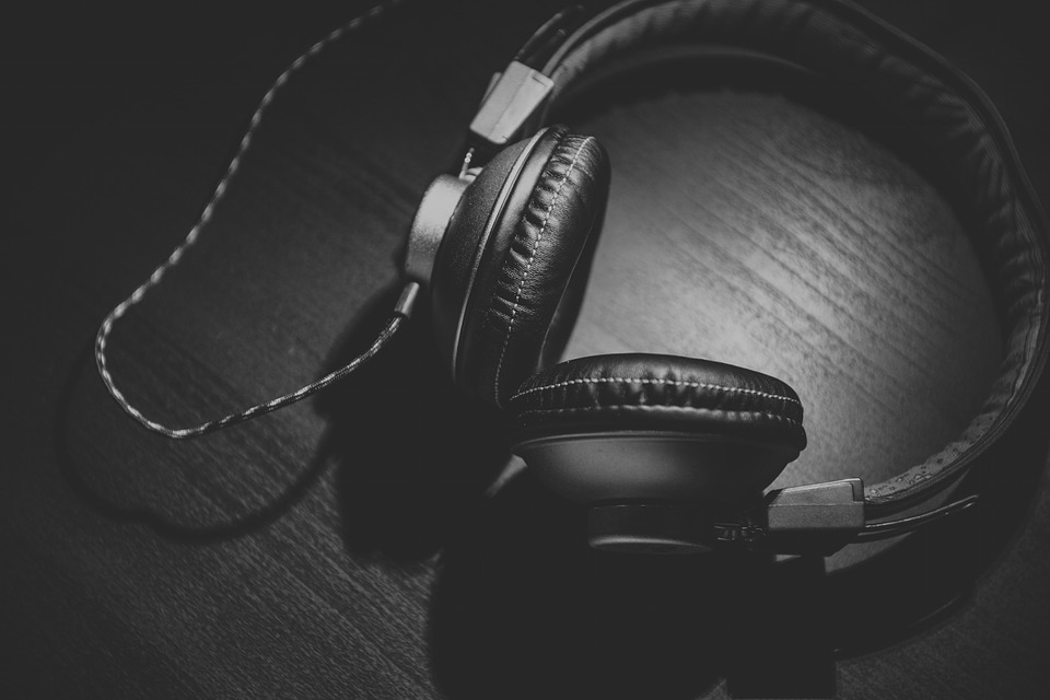 Bluetooth oder Kabellose Kopfhörer