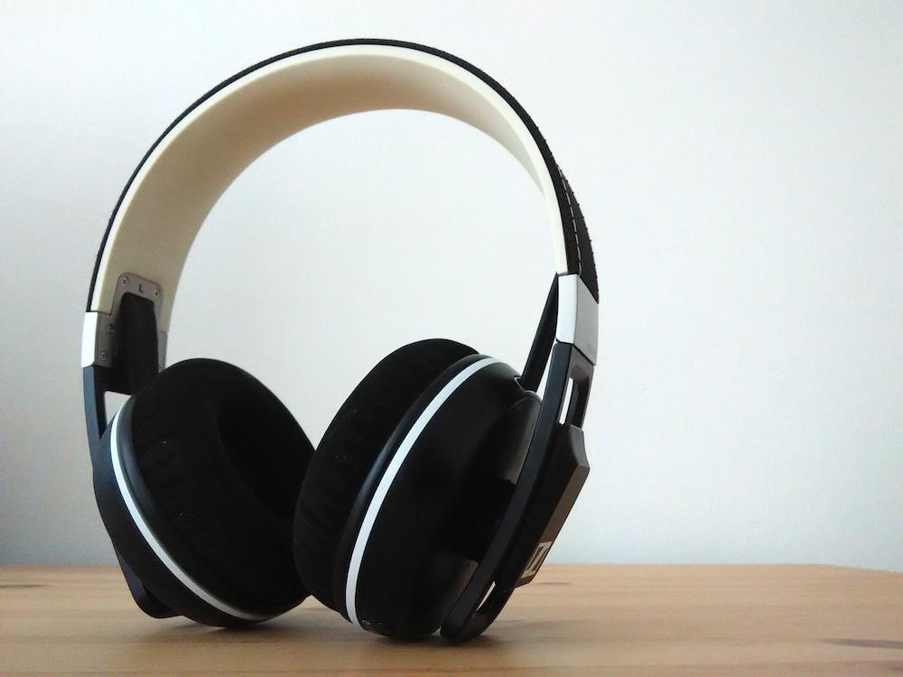 sennheiser urbanite xl wireless test premium sound f r. Black Bedroom Furniture Sets. Home Design Ideas