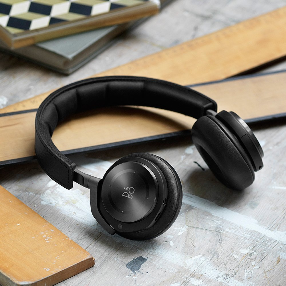 b o beoplay h8 test on ear mit noise cancelling. Black Bedroom Furniture Sets. Home Design Ideas