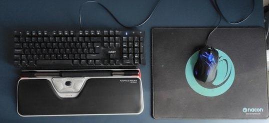 Platz am Schreibtisch